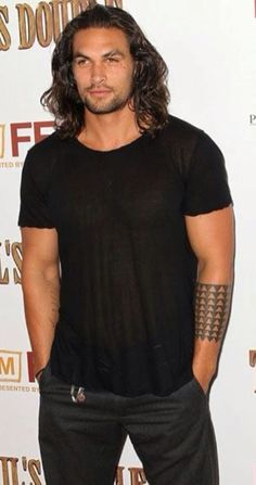 jason mamoa as Cole